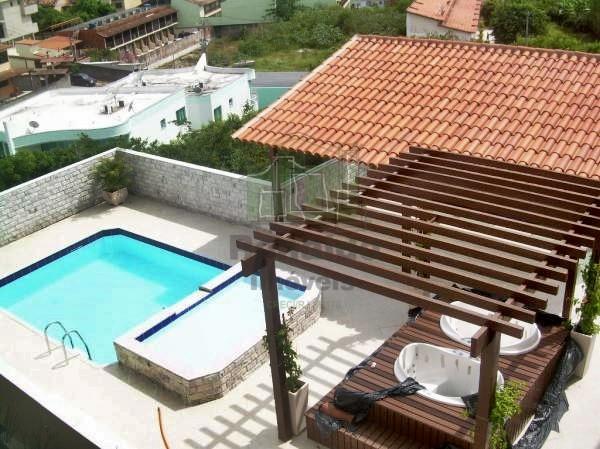 R66 – Excelente casa em condomínio 03 suítes, Cabo Frio – Peró
