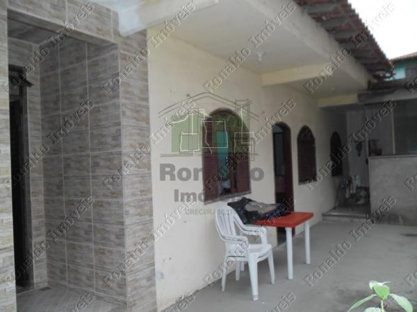 R93 – Oportunidade!! 03 casas, Peró – Cabo Frio