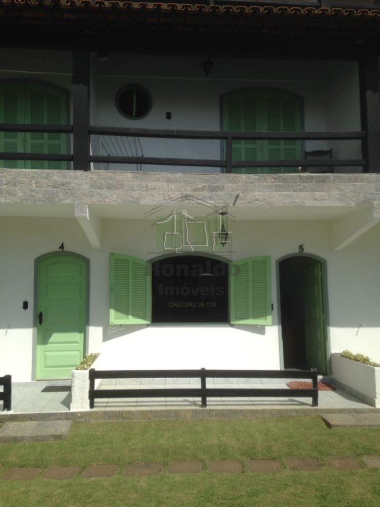 R197 – Casa em condomínio 03 quartos, Peró – Cabo Frio