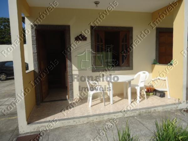 R48 – Casa em condomínio, 02 quartos, poucos metros da praia, Peró – Cabo Frio