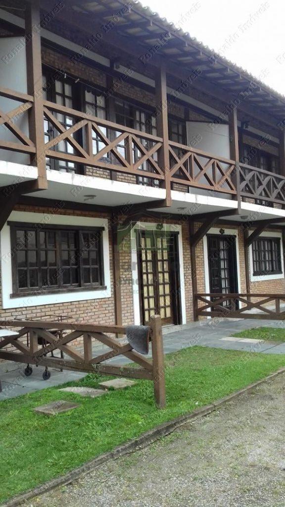 R62 – Casa duplex 02 quartos, em condomínio – Peró – Cabo Frio – RJ
