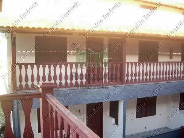 R80 – Lindo apartamento condomínio com piscina, Peró – Cabo Frio