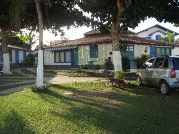 R92 – Casa 01 quarto, condomínio com piscina, Peró – Cabo Frio