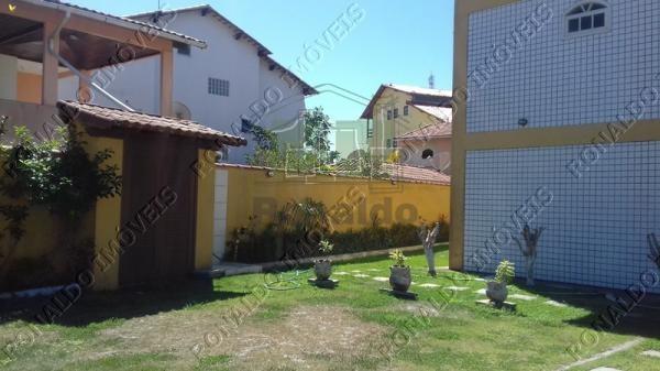 R124 – Casa em condomínio, 03 quartos, 300mts da praia, Peró – Cabo Frio
