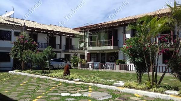 R154 – Casa em condomínio poucos metros da praia, 02 quartos, Peró – Cabo Frio