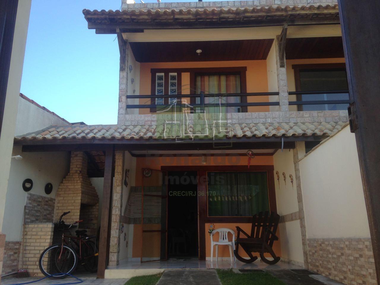 R164 – Casa independente 03 quartos / 02 suítes, Peró – Cabo Frio -RJ