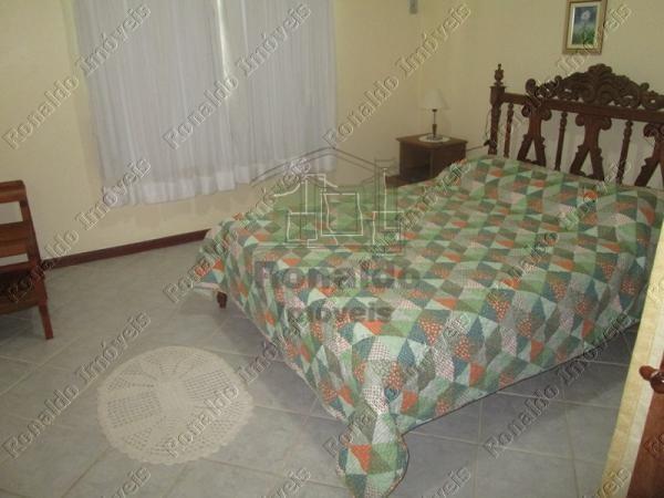 Casa 04 quartos 02 suítes (8)