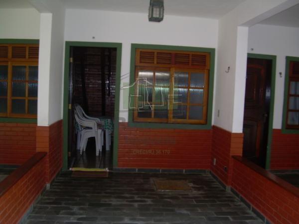 AT2009 – Apartamento duplex, 01 quadra da praia,02 quartos, Peró – Cabo frio