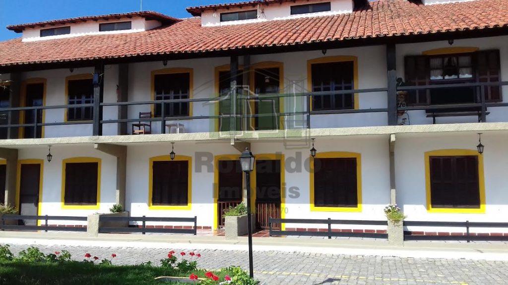 AT2006 – Apartamento Térreo, 01 quarto na Praça do Peró – Cabo Frio