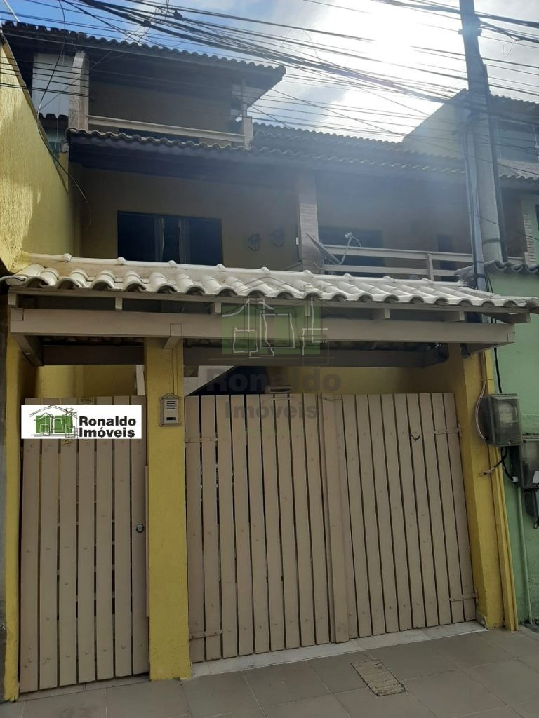 R213 – Casa duplex independente 02 quartos / 01 suíte, Peró – Cabo Frio