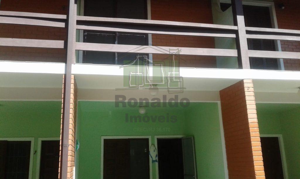 R212 – Apartamento duplex 02 quartos, Peró – Cabo Frio