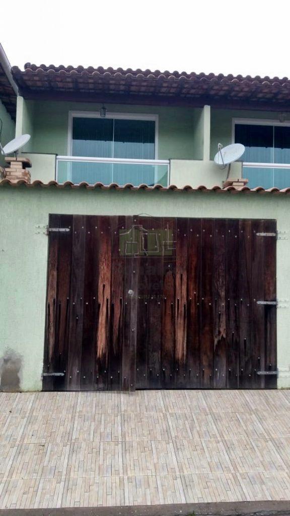 R111 – Casa duplex, 02 suítes, Peró – Cabo Frio