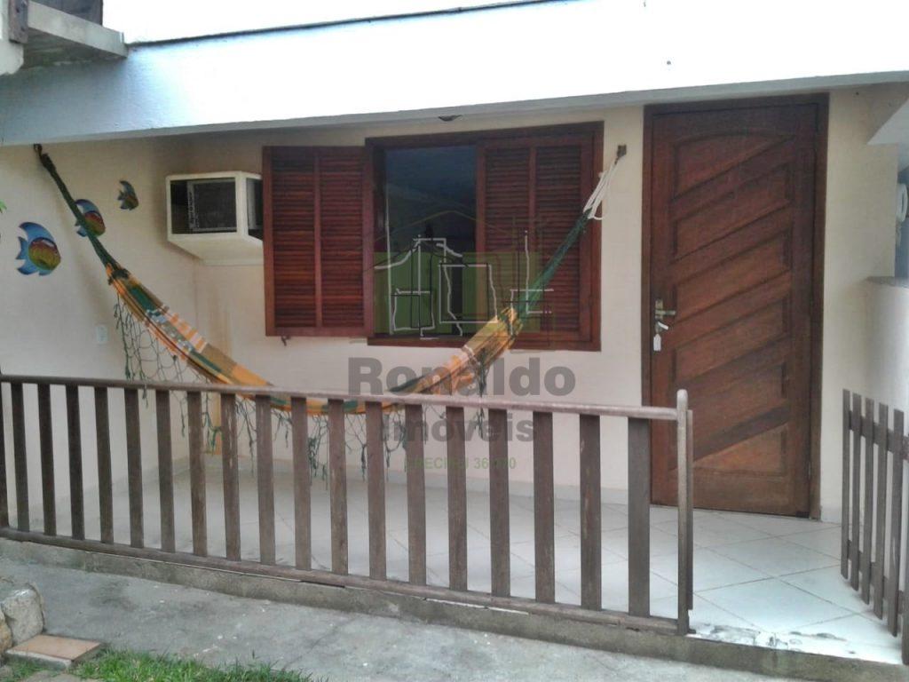 AF1039 – Casa independente, 01 quarto, Peró – Cabo Frio