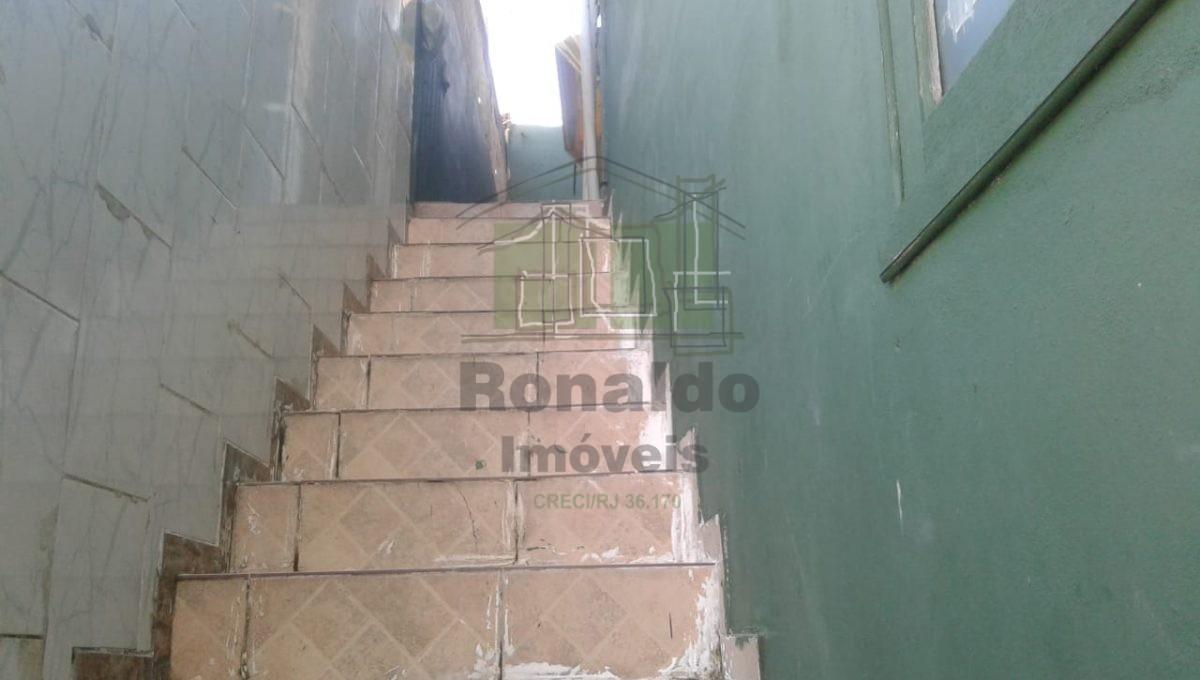 10 Escada para o 2º piso