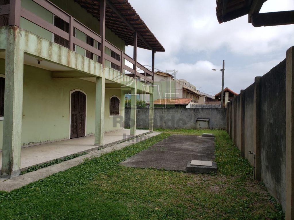 AT2042 – Casa independente 03 quartos, Peró – Cabo Frio – RJ