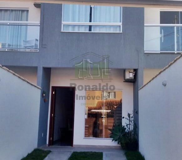 R239 – Casa triplex, 03 suítes, Peró – Cabo Frio – RJ