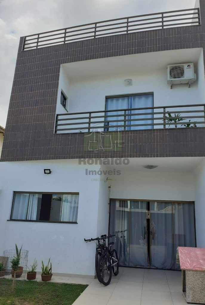 R11 – Casa Triplex Independente 04 quartos, Novo Portinho – Cabo Frio – RJ