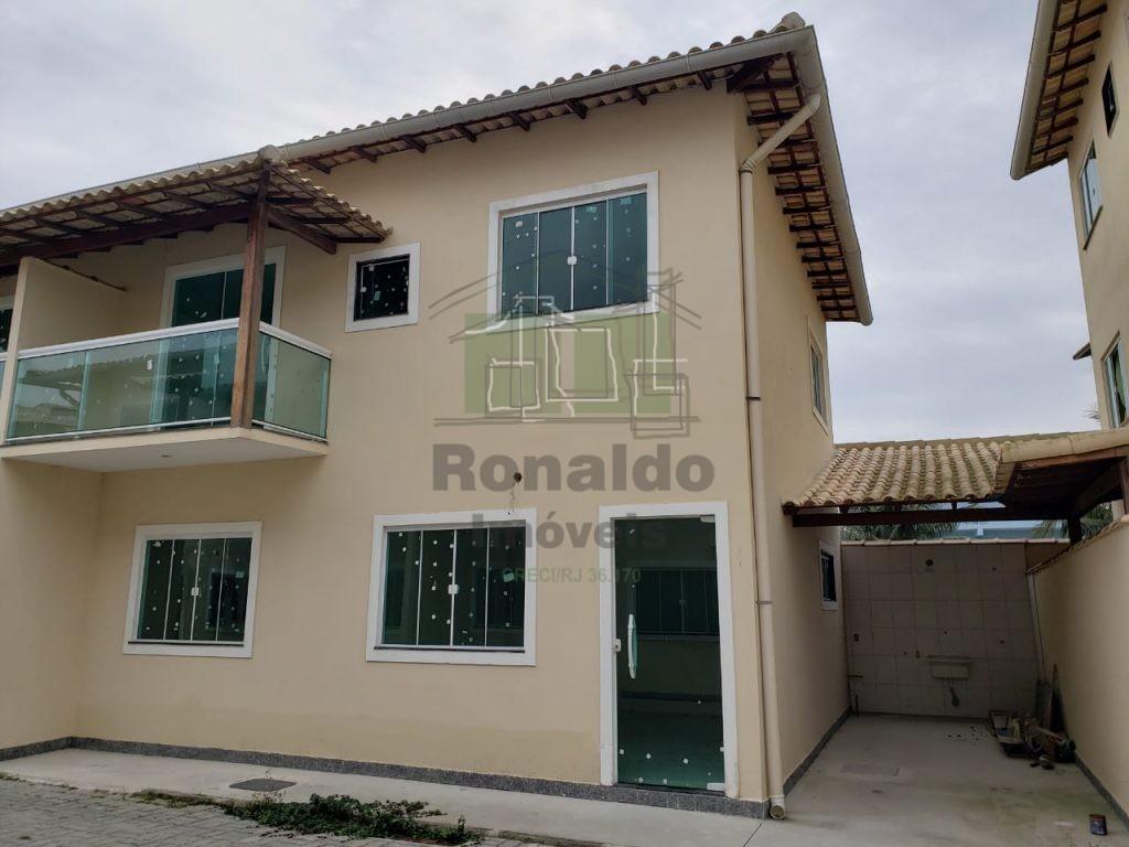 R45 – Casa em Condomínio, 04 quartos / 01 suíte, Peró – Cabo Frio – RJ