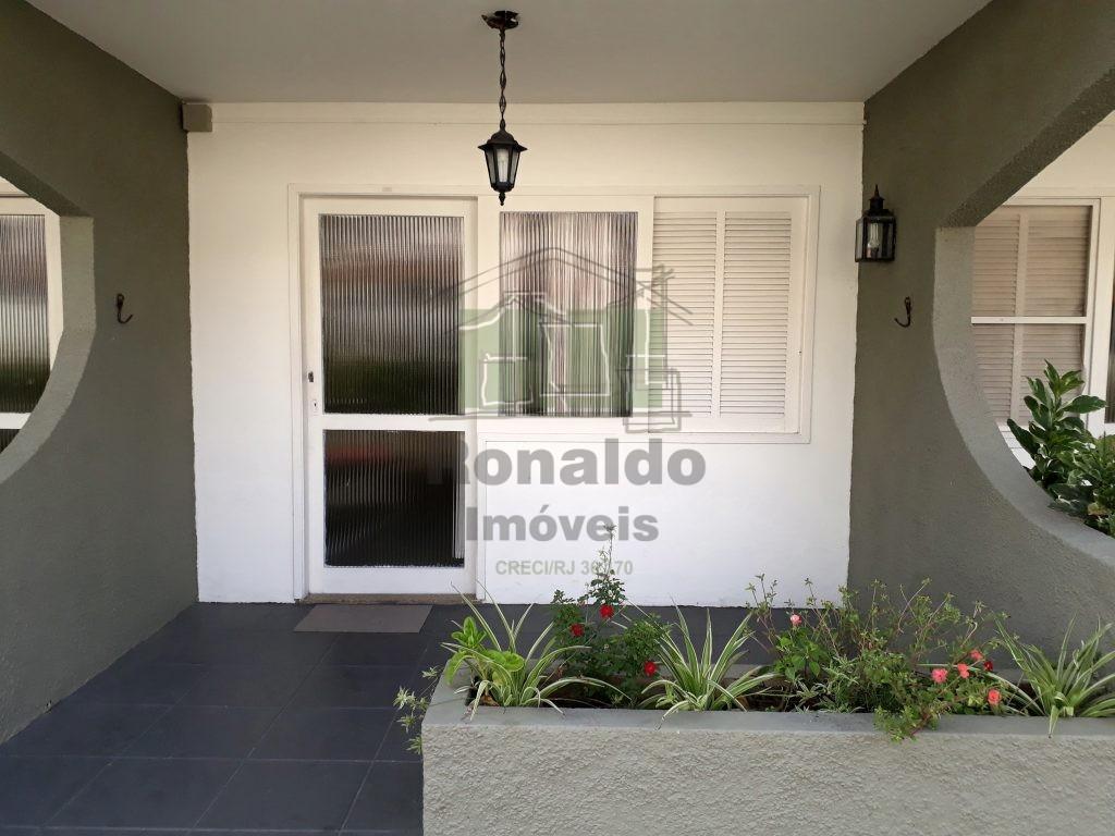 R264 – Apartamento térreo, 01 quarto, Peró – Cabo Frio – RJ