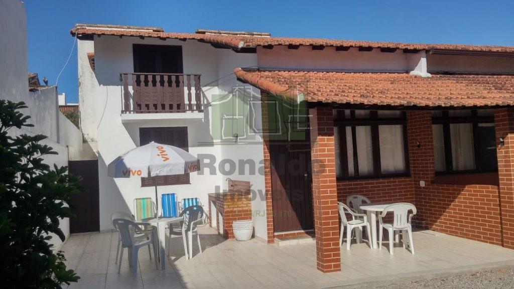 R13 – Casa Independente, 03 quartos/01 suíte, Peró – Cabo Frio – RJ