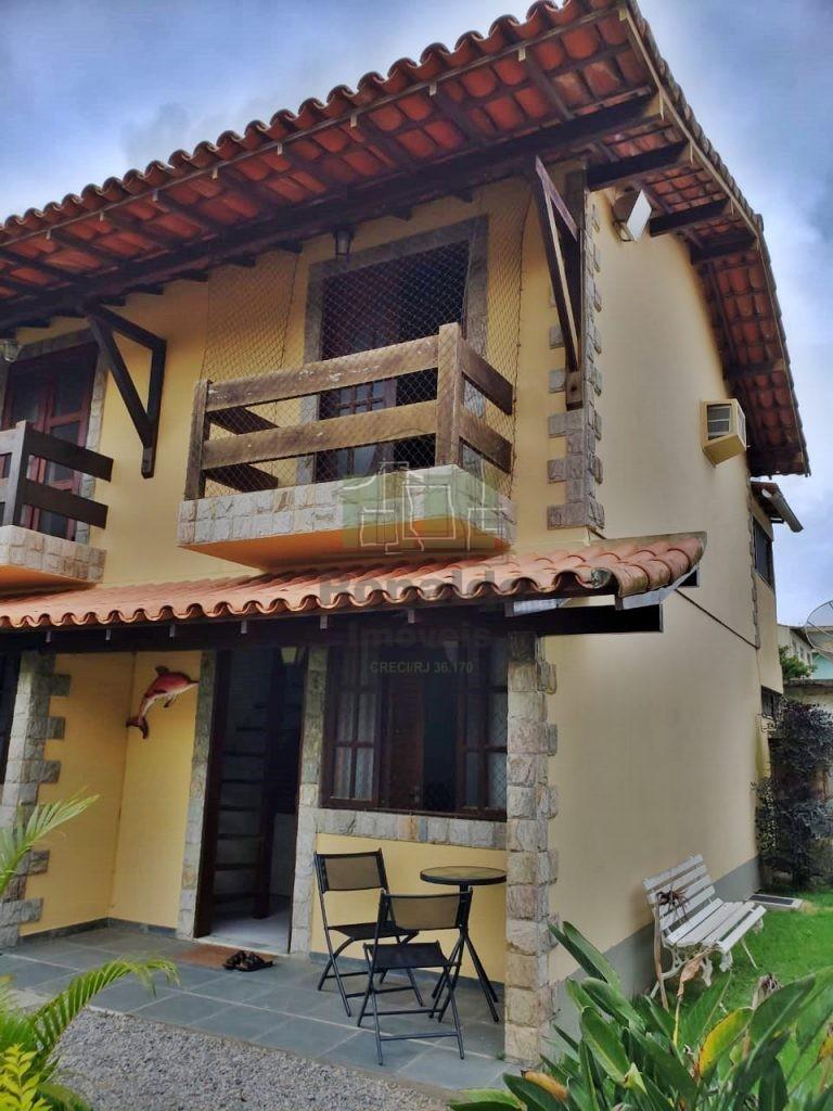 R104 – Casa duplex, 02 quartos / 01 suíte, Peró -Cabo Frio – RJ