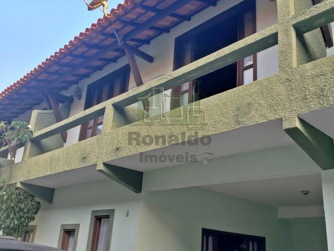 R6 – Casa em condomínio, 03 quartos/01 suíte, Peró – Cabo Frio – RJ