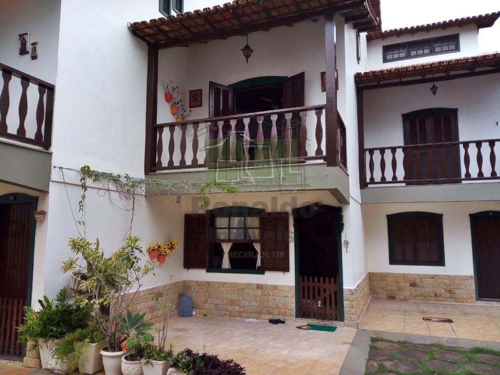 R74 – Casa em condomínio, 04 quartos, Peró – Cabo Frio – RJ
