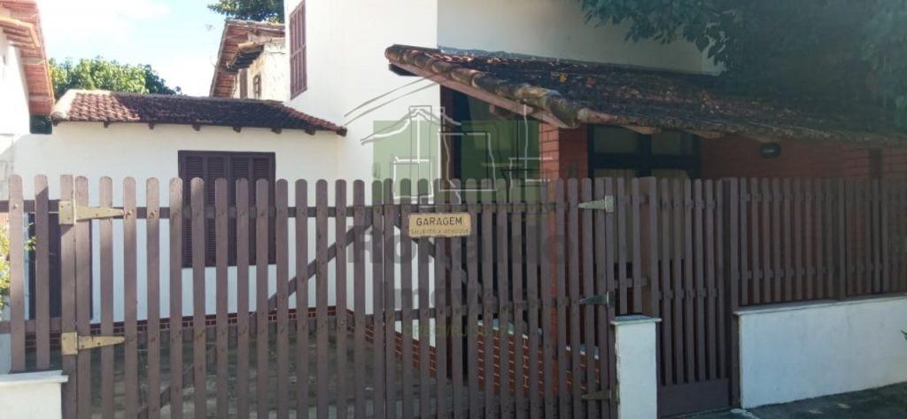 R284 – Casa Independente, 02 quartos, Peró – Cabo Frio – RJ