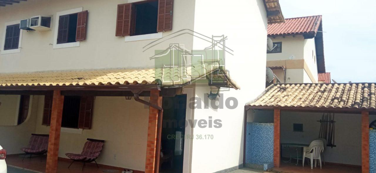 R299 – Casa em condomínio, 03 quartos, Peró – Cabo Frio – RJ