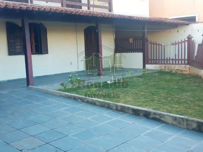 R295 – Casa independente, 05 quartos, Peró – Cabo Frio – RJ