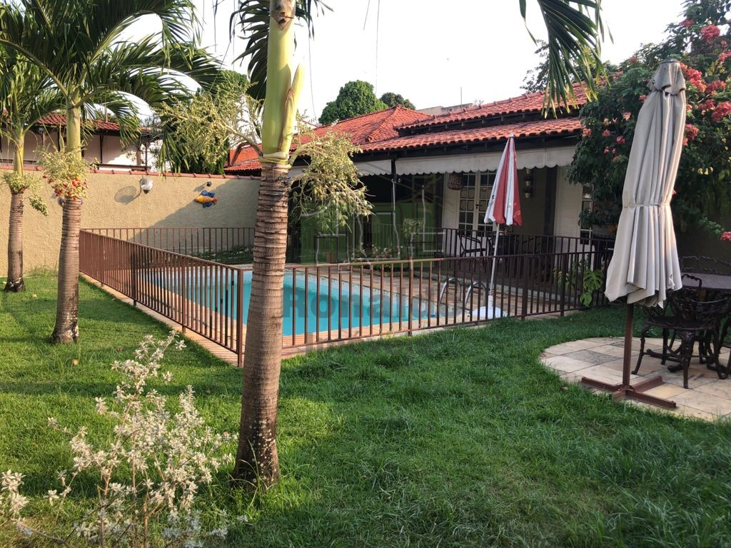 R17 – Casa independente Linear, 04 quartos / 01 suíte – Freguesia -Jacarepaguá – RJ